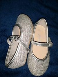 Silver ballerina dress shoes 5.5t Toddler Shoes