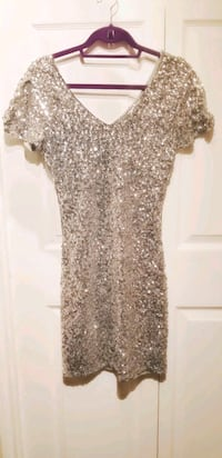 Holiday dresses clear out sale (M) Vancouver, V6H 3W9