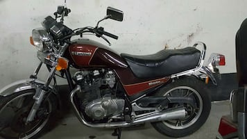1983 Suzuki 650cc moving must sell