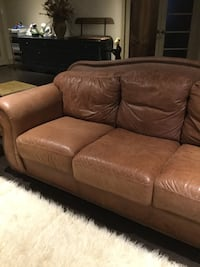 brown leather 3-seat sofa and loveseat Dollard-Des Ormeaux, H9B 3J6