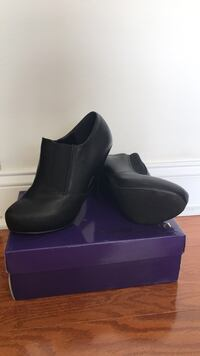 Brand new black leather booties New York, 10027