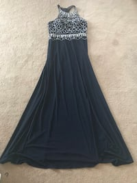 Navy blue grad dress  Winnipeg, R2M 2C2