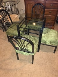 oval glass-top 5-piece dining set Leesburg, 20175