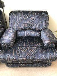 Armchair recliner $60 obo Whitchurch-Stouffville, L0G 1E0