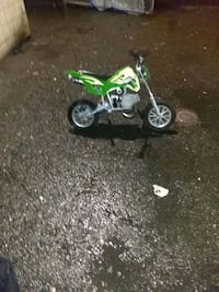 50cc pocket bike needs carb cleaning great xmass g 3730 km