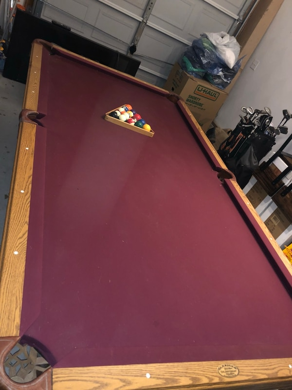 Brown and red billiard table MUST GO! eb8540aa-ac59-4ae0-9aaf-83e8a8055db8