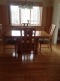 Dining Room table and chairs North Attleboro, 02760