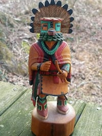 Native American Story Teller hand-carved statue Fairfax, 22032