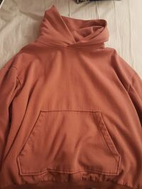 Coral/orange Urban Outfitters L pullover hoodie Falls Church, 22043