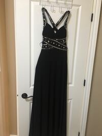 Brand new never worn Black and silver evening gown Lakeshore, N8M 2X2