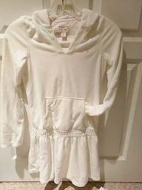white scoop-neck long-sleeved dress Surrey, V4N 5C7
