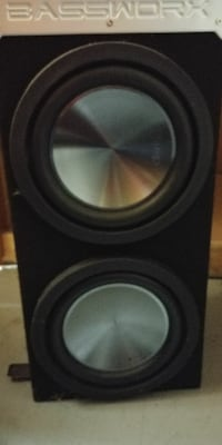 10 inch subwoofer in box with amo
