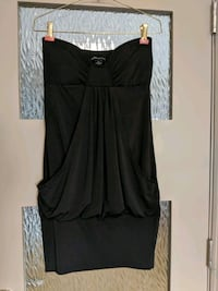 Black strapless dress with front pocket size small Calgary, T2E 0B4