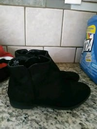 size 11 boots Riverbank, 95367