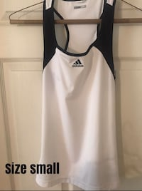 Adidas Workout top Size Small Amarillo, 79106