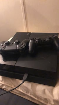 black Sony PS4 console with controller Tallahassee, 32305