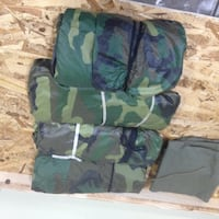 MILITARY GEAR- woodland ponchos with OD tarp. Pahrump