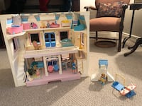 Vintage fisher price loving family house and accessories  Sarnia, N7W