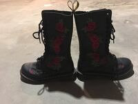 Black leather rose embroidered doc martens  Toronto, M6M 2H9