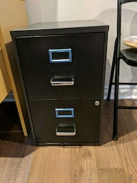 black metal 2-drawer filing cabinet Dorval, H9P 1Y2