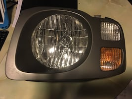 2003 Nissan Xterra Headlight Assembly