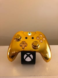 All Gold Everything Custom Xbox One Controller (Model 1697) Live Oak, 78233