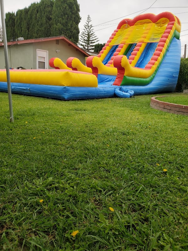 Water slide  20h x40Lx18W rent   0