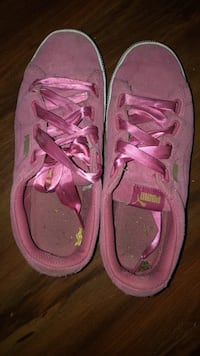 pair of pink Nike running shoes New Westminster, V3L 1G2