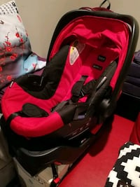 baby's black and red travel system Vancouver, V5K 3E6