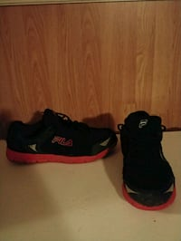 Fila size 11 shoes. See all pictures Cross Lanes