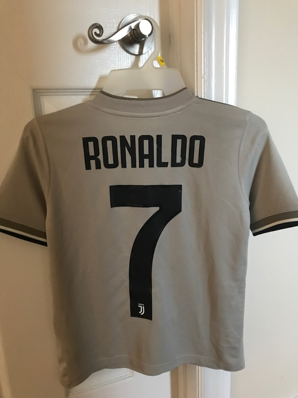 brand new 269af 032a0 Authentic Adidas Ronaldo Juventus Jersey