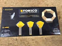 """Brand New Yonico Industrial Router Bit Set. 1/2"""" Shank. Meet in Sevierville. $30 Firm  Sevierville, 37876"""