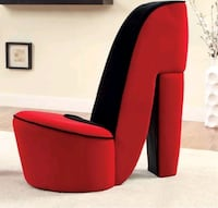 Heel Chair (Red/Black) Montreal, H3C 0G3