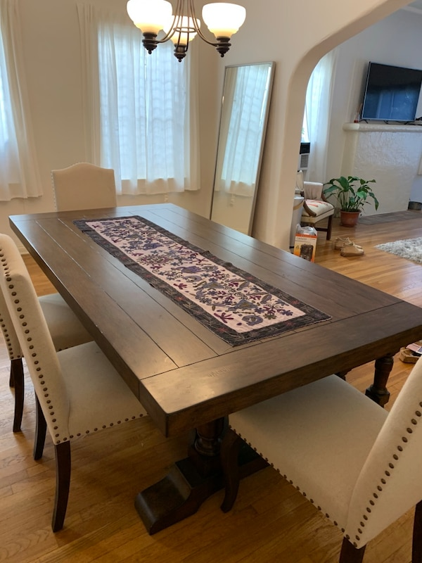 Used Dining Table Set In Excellent Condition Priced To Sell For Sale Los Angeles