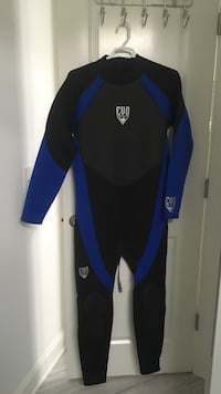 Blue and black EVO men XXXL wet suit 3mm Wilmington, 28409