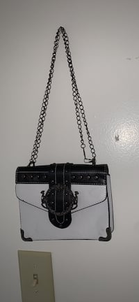 Small B&W Purse  Hagerstown, 21740