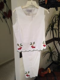Capri suit with cherries - size 8 Lubbock, 79416