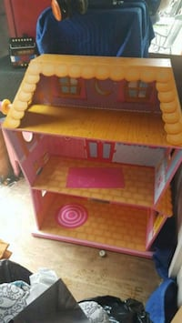 Lalaloopsie doll house and doll Suffolk, 23434