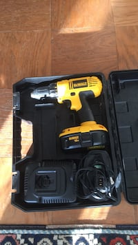 DeWalt cordless hand drill with case Springfield, 22150