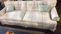 Long couch beautiful very comfortable  Vestavia Hills, 35216