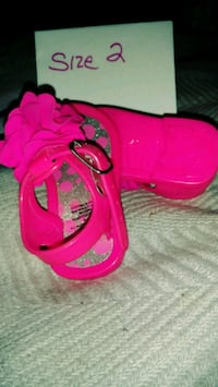 Baby girls hot pink sandles Tavares, 32778