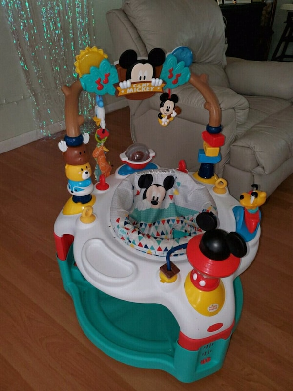 Mickey Mouse Activity Saucer