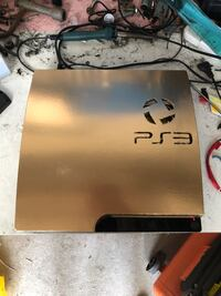 Ps3 limited edition gold  6853 km