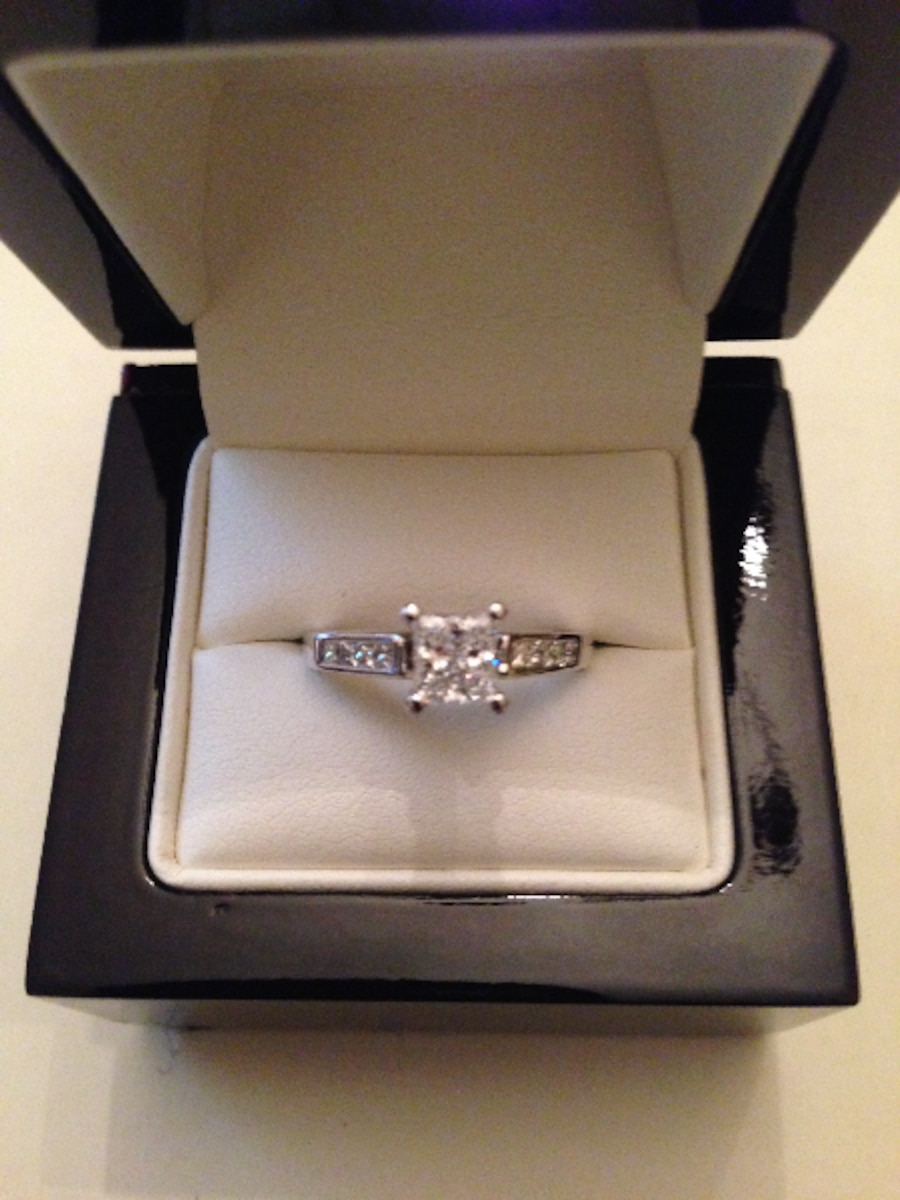 ring rings diamond in engagement americus watch fire hd