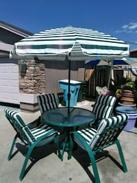 round white and green patio table set Phoenix, 85037