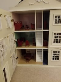 Doll House Ijamsville