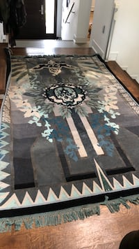 Rug needs cleaning originally 5000 but is now worn and over 5 years old but beautiful piece Toronto, M5M 1Z4