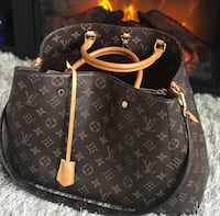 Louis Vuitton Monogram Montaigne Bag Washington