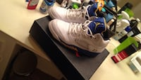 pair of white-and-blue Air Jordan 5 shoes with box Spring, 77379