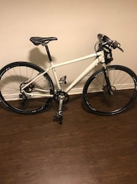 Top Tier Bicycle for sale 2010 Gary Fisher Mendota **Mint Condition** Toronto, M3J 1K7